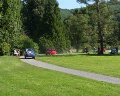 Veteráni v zámeckém parku
